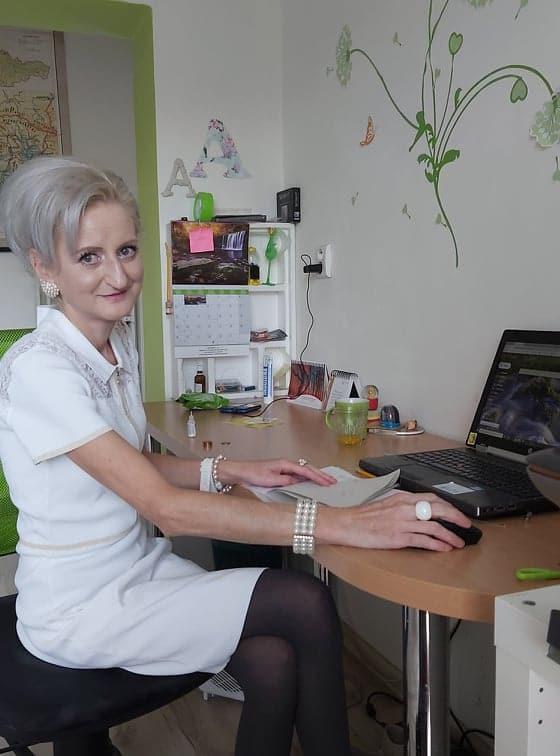 Andrea - asistentka riaditeľa - UNICARBACK