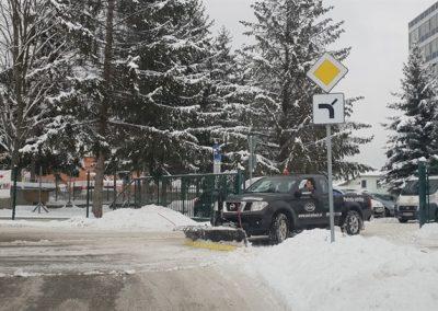 odhrn - odpratavanie snehu zimna udrzba unicarback posyp solou