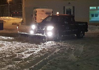 odhrn snehu odpratavanie snehu zimna udrzba unicarback posyp solou