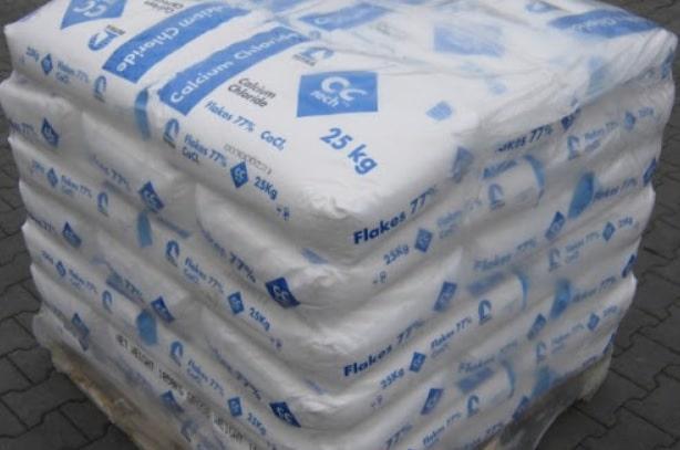 chlorid vápenatý unicarback blog clánok ako vybrať správny posypový materiál - zimna udrzba